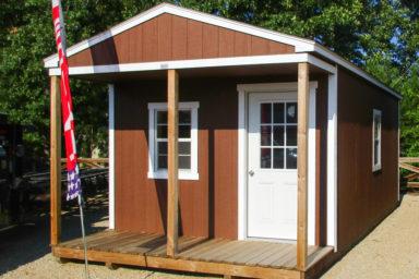 small prefab cabin 4